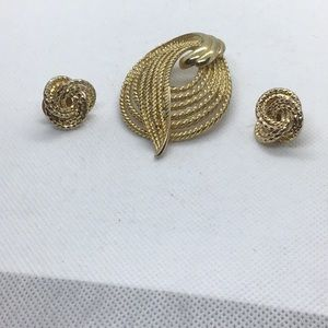 Broach and earrings
